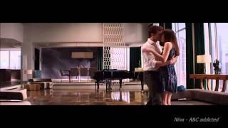 Download Lagu Anastasia & Christian -  Fifty Shades Of Grey - Love Me Gratis
