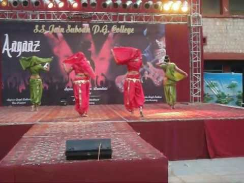 Marathi Mix(lavani) Dance College Performance video