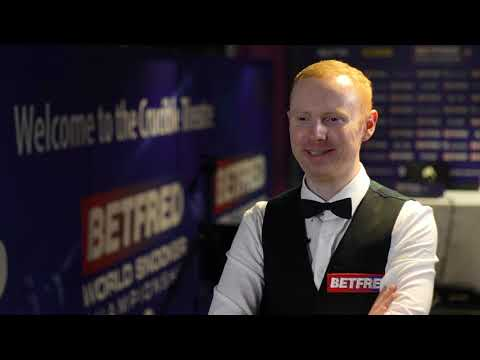 McGill Into Round Two After Stunning Blue! | Betfred World Championship