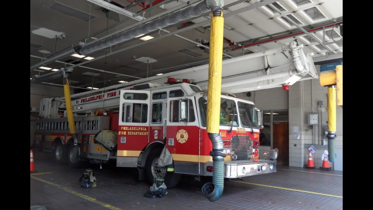 Philadelphia fire department apparatus a few pictures and for Motor truck of pa