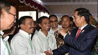 Download Lagu Kocak.!!! Ini Momen Ketika Jokowi Menyapa Teman Kuliahnya di UGM yang Paling Nakal Gratis STAFABAND