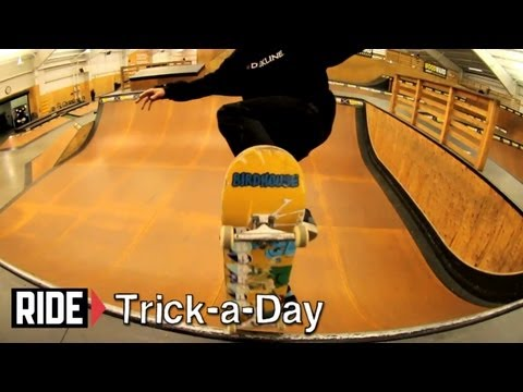 "How-To Blunt to Fakie With Aaron ""Jaws"" Homoki - Trick-a-Day"