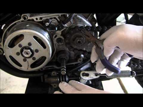 Diagnose Motorcycle Engine Leak: Yamaha DT80 Enduro Part 7: Mysterious ...