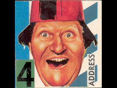 Tommy Cooper - Don`t Jump Off The Roof Dad video