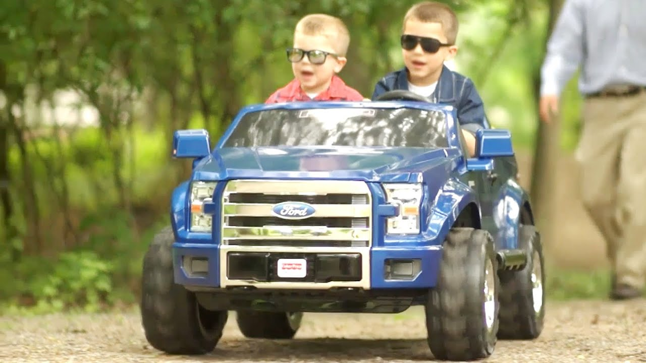 Ford F150 Wheels >> Car for Kids: Ford F-150 Power Wheels - YouTube