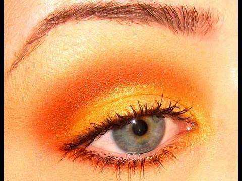 to Wear Orange Eyeshadow