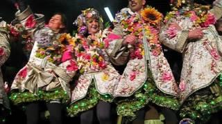 Aalst Carnaval 2017 - Prijsuitreiking: Winnaars Middelgrote Groepen - 'Blommeken' van Krejeis