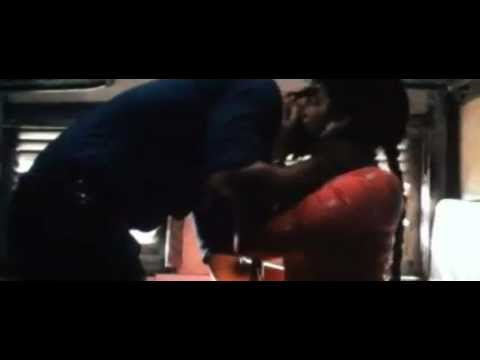 Video: Ishaqzaade Kissng & Sex Scene of Parinneti & Arjun 480x360 px - VideoPotato.com
