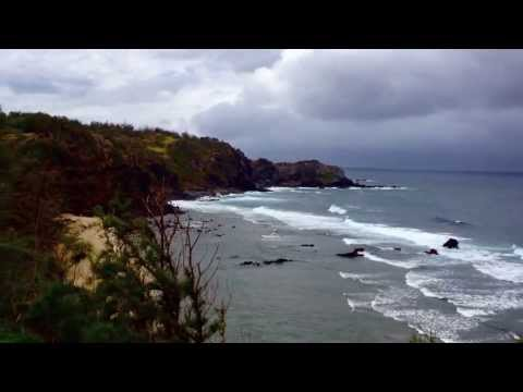 Israel Kamakawiwo'ole...  Maui Medley  video