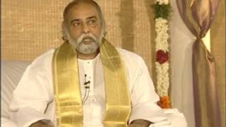 Sri Bhagavan - Expectations From The Young Youth Today (Language English & Tamil)