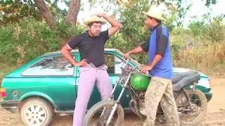 o trapaceiro, caipira vendeu o carro verde para o trapaceiro, antes de ficar maduro