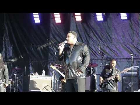 The Earth, Wind&Fire Experience - Al McKay Allstars - After The Love Is Gone (Live in Clamart)