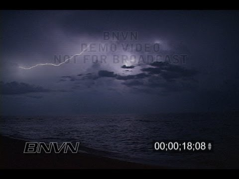 8/29/2007 Venice, FL lightning video over the Gulf Of Mexico