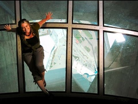 The CN Tower Glass Floor