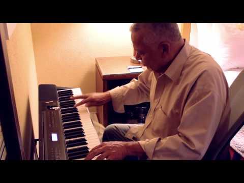 Joe Sample plays the Casio Privia PX-350 Electric Pianos