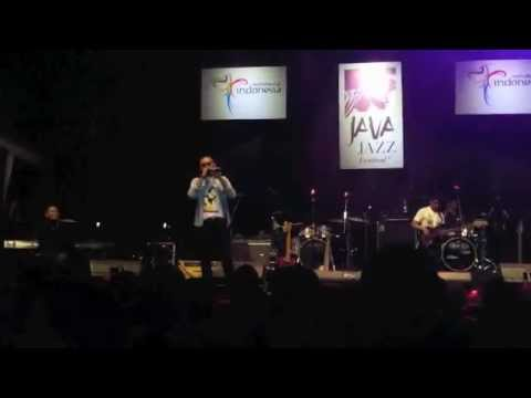 Nonton Bioskop By Subway Heat java Jazz Festival 2012 (clear Version) video