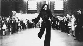 Watch Diana Ross I Thought It Took A Little Time (but Today I Fell In Love) video