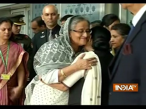 Bangladesh PM Sheikh Hasina Reaches Delhi for President's Wife Funeral Ceremony - India TV