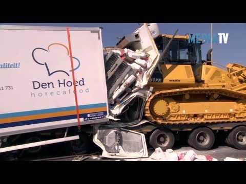Vrachtwagenchauffeur overleden bij ernstig ongeval A29 Den Bommel