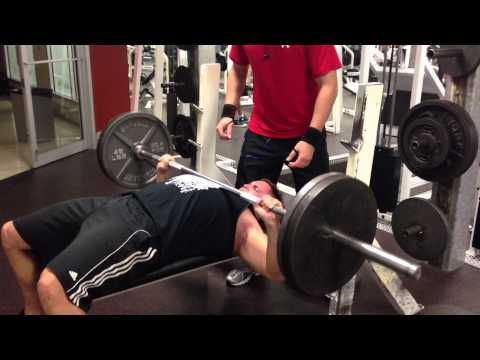 0 Bench press with chains and drop set