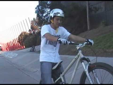 How To Manual a Bicycle *HIGH QUALITY*