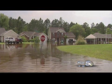 Mississippi Flooding: Flood Damage, Evacuations and Closed Roadways