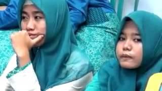 download lagu Suara Merdu Santri Putri Mambaul Bata-bata Palengaan Pamekasan gratis