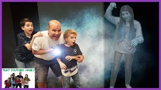 GHOST IN THE GRAVEYARD Game At Night  / That YouTub3 Family I Family Channel