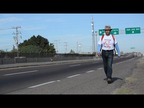 Por 20 pesos, protesta marchando de Los Mochis a Guasave