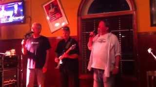 Asa Howard singing at Locos