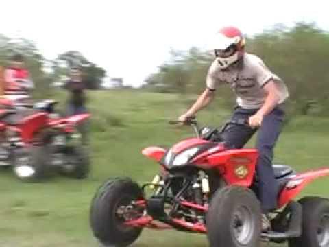 Tarde de Domingo con amigos en moto y cuatri