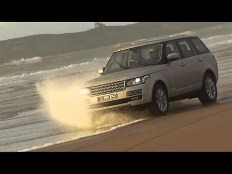 Nuova Range Rover in spiaggia e nel deserto