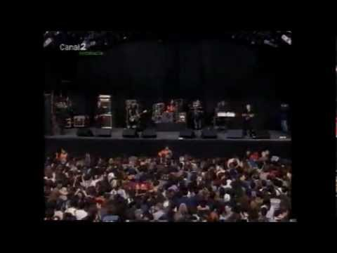 Chumbawamba - Espárrago Rock Granada 04-04-1998 video