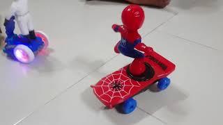 Kids Toy Spiderman| Đồ chơi người nhện đi ván trượt| Đồ chơi trẻ em
