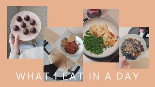 What I Eat In A Day: Veggie Batch Cooking & THE BEST Mac & Cheese | The Anna Edit