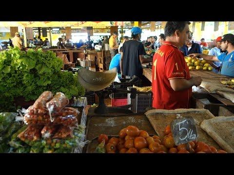A Havana Neighborhood Farmers Market