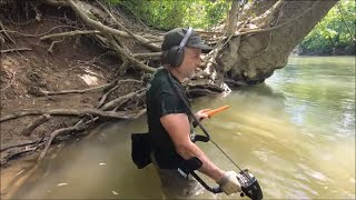 Metal Detecting: Aquachigger Is On The River Again!