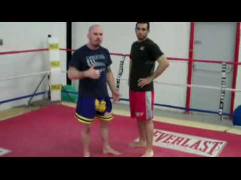 Muay Thai Kickboxing In Marlton / Muay Thai Teeps: Defense to Knees in the Clinch Image 1