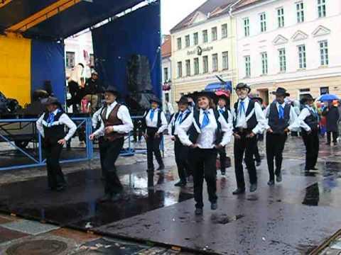 Blaubard  Senior Dance Squad  - Beer Barrel Polka - Rosamunde...