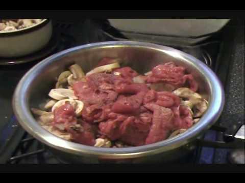 Carne de res con champiñones