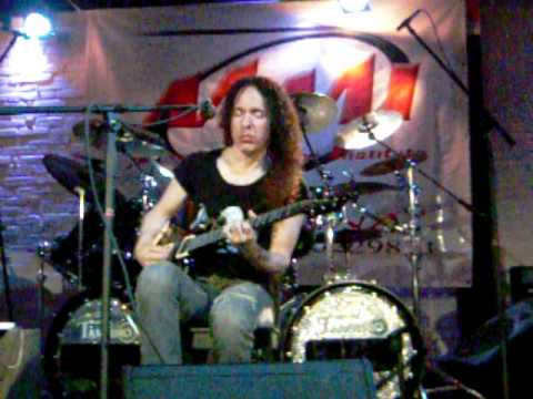 Marty Friedman playing Stigmata Addiction (Guitar Clinic)