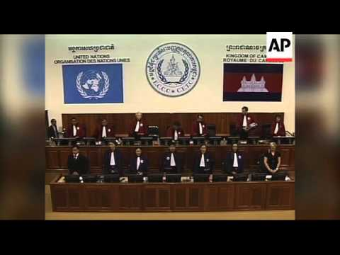 Ex-Cambodian leaders in genocide trial
