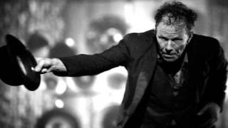Watch Tom Waits The Briar And The Rose video