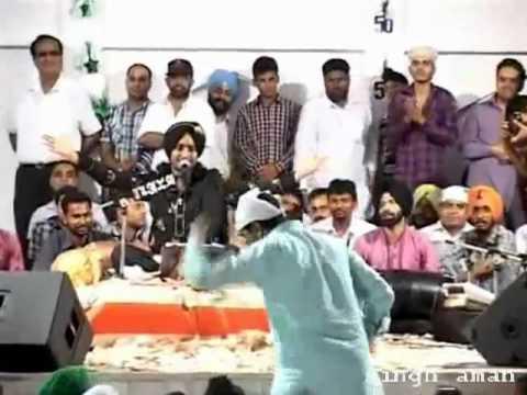 Money Rain On Satinder Sartaj By Baba Gurdas Maan Live In Nakodar video