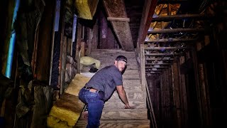 Sneaking into the Abandoned Mansion...