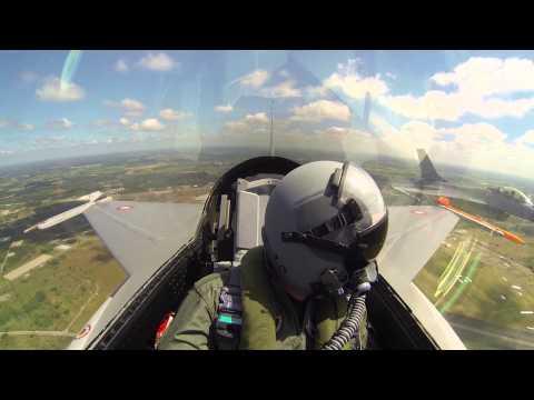 Seks Sekunder Til At Tage Et Foto Fra F-16