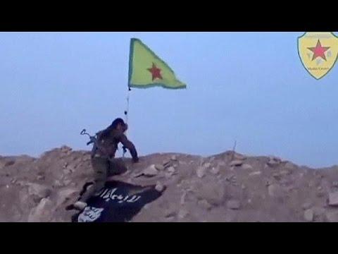 """Кобани: курды оттеснили """"ИГИЛ"""", но бои продолжаются"""
