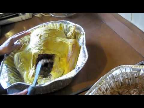 Cocinando con Doña Glorieta!!! La receta secreta del pavo de la abuela!!! 2 de 2