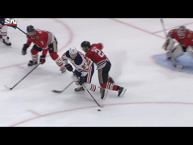 Connor McDavid feeds Maroon with filthy pass