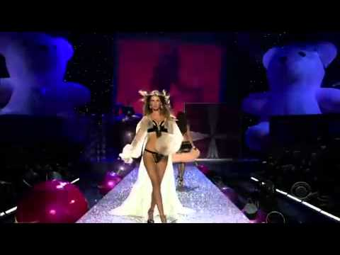 Victoria's Secret Fashion Show 2005 Part 5 Victoria s Secret Fashion Show
